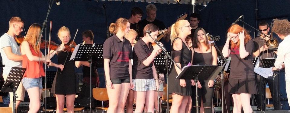 Georgie's Groove Orchestra spielt bei Lingener Nacht der Kirchen