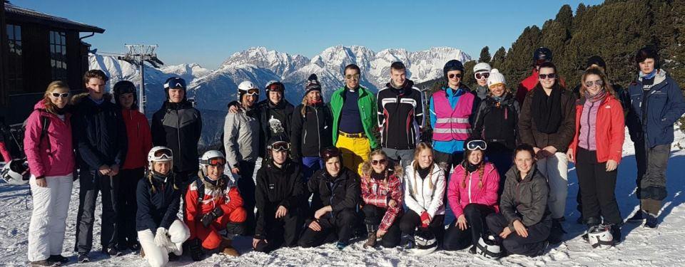 Gruppenfoto des 11. Jahrgangs in Österreich