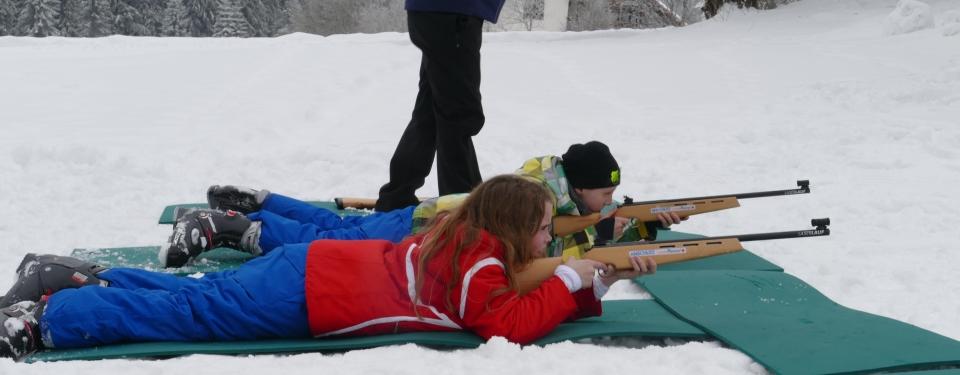Volle Konzentration beim Biathlon-Doppel