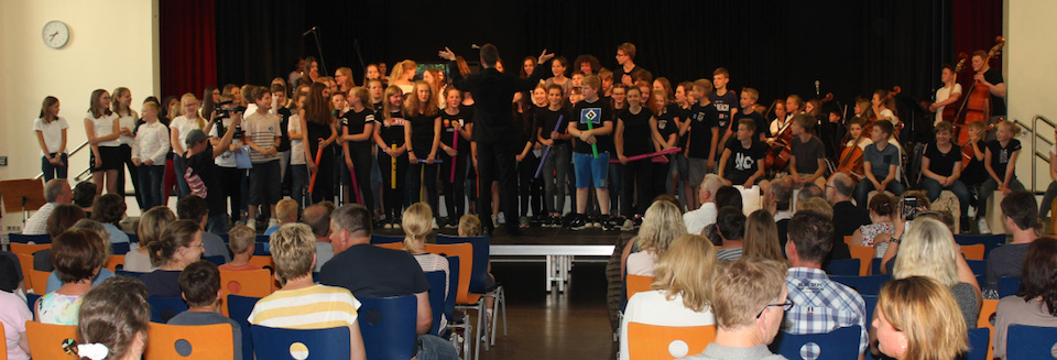 """THANK YOU FOR THE MUSIC"" – ein beeindruckendes Sommer-Konzert"