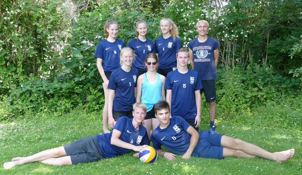 Schlüsselspiel im Viertelfinale – Beachvolleyball-Team wird achtbeste Mannschaft in Niedersachsen