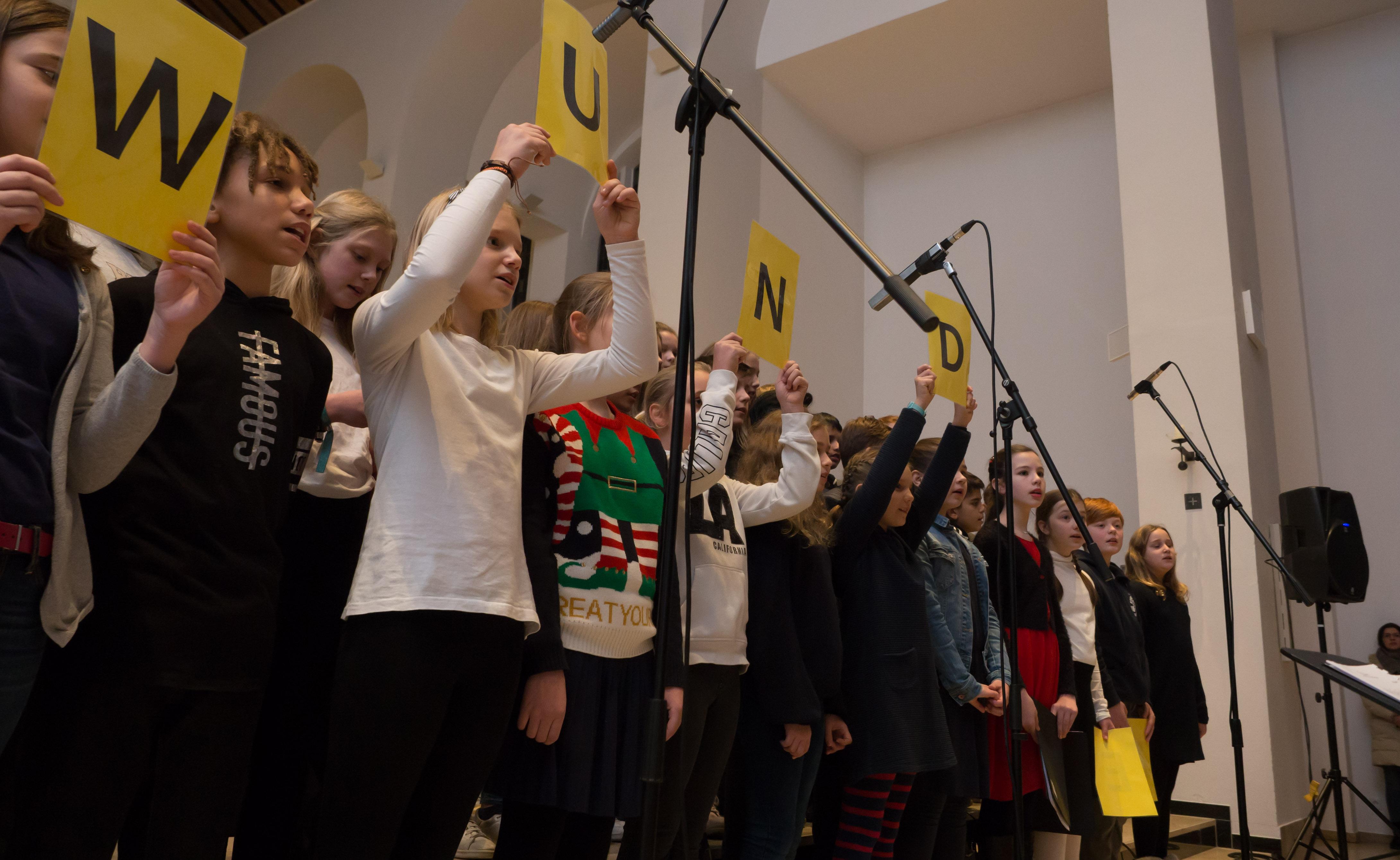 """Without any fear"" - Musikgruppen des Georgianums gestalteten traditionelles Adventskonzert"