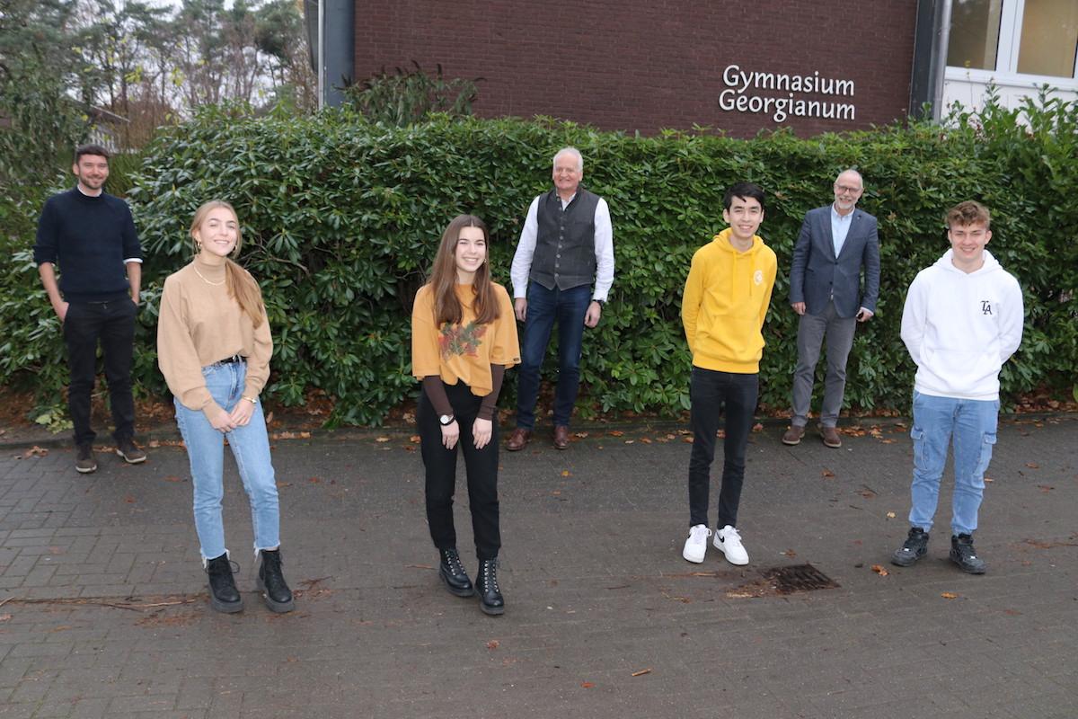 PROJEKT VON GEORGIANUM UND CAMPUS HANDWERK - Lingener Gymnasiasten blicken am Montag gespannt nach Berlin