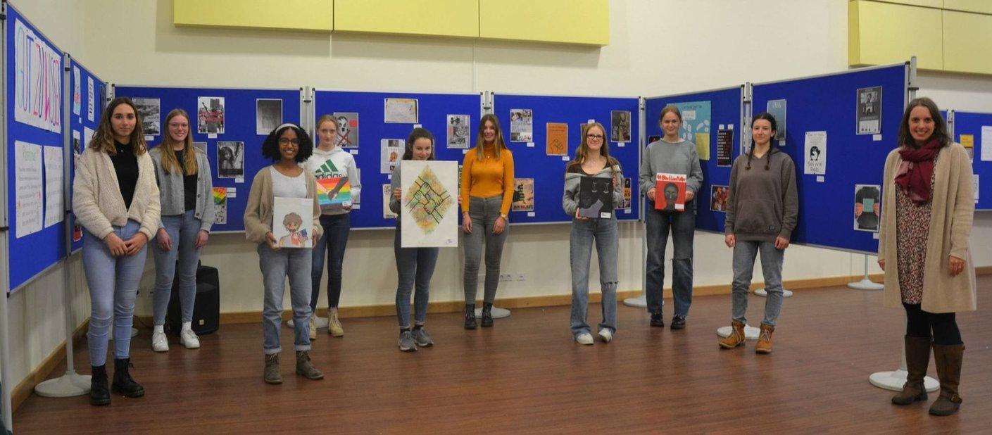 Ausstellung im Gymnasium eröffnet: Georgianer in Lingen im Einsatz für die Menschenrechte